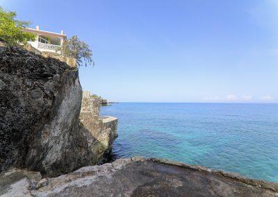 HSH - Cliffs 2-min
