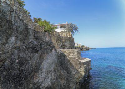 HSH - Cliffs 4-min